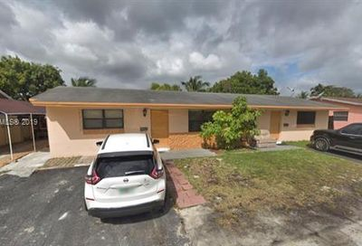 5832-5834 Taft St Hollywood FL 33021