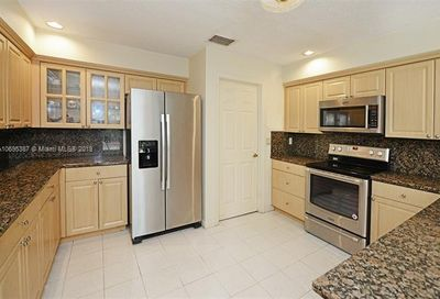 799 Villa Portofino Cir Deerfield Beach FL 33442