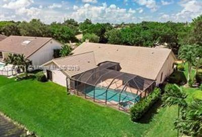 12188 Classic Dr Coral Springs FL 33071