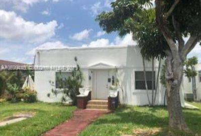 1723 Funston Hollywood FL 33020