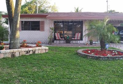 320 NW 39th St Oakland Park FL 33309
