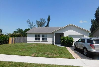 5702 SW 55th Ave Davie FL 33314