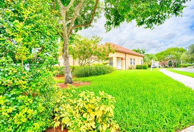 2792 Oakview Way Davie FL 33328