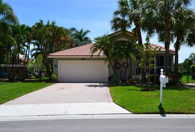 11986 NW 53rd Ct Coral Springs FL 33076