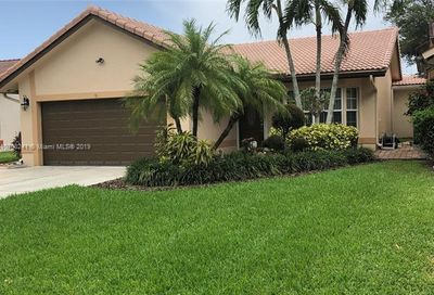 1539 NW 97th Ter Coral Springs FL 33071