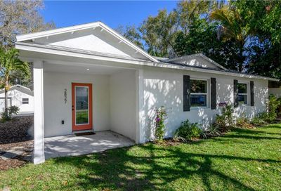 2827 W Bay Haven Drive Tampa FL 33611
