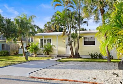 455 77th Avenue St Pete Beach FL 33706