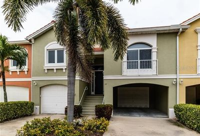 25 Lincoln Avenue S St Petersburg FL 33711