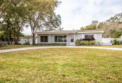 10880 Village Green Avenue Seminole FL 33772