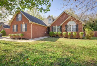 1712 Katelyn Ct Murfreesboro TN 37128
