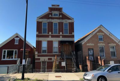 2121 W 19th Street Chicago IL 60608