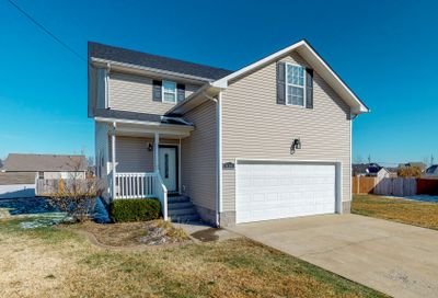 404 Reigh Count Ct Oak Grove KY 42262