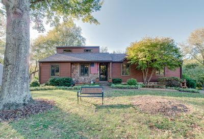 1417 Forest Side Ct Nashville TN 37221
