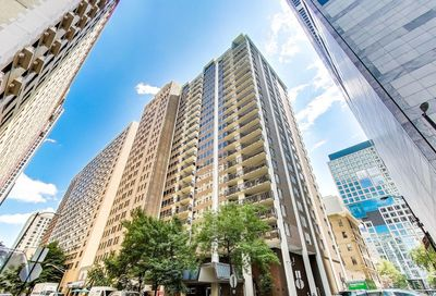 201 E Chestnut Street Chicago IL 60611