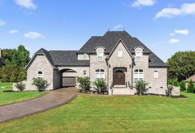 2005 Shoreline Dr Mount Juliet TN 37122