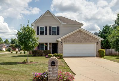 2115 Long Meadow Dr Spring Hill TN 37174