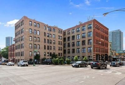 525 N Halsted Street Chicago IL 60642