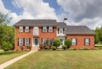 4728 Hunters Crossing Dr Old Hickory TN 37138