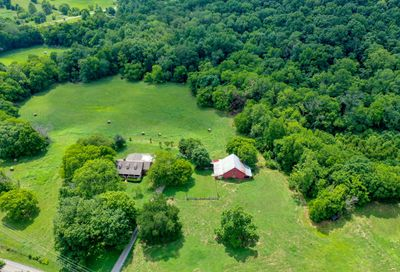 3087 Valley Creek Rd Culleoka TN 38451