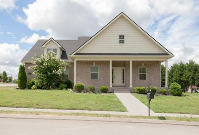 3024 Honeysuckle Dr Spring Hill TN 37174