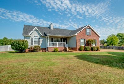 2104 Spring Lake Dr Spring Hill TN 37174