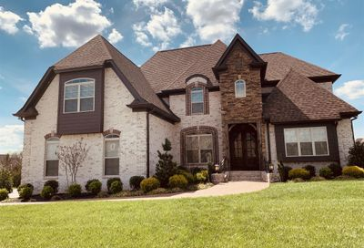 2000 Beechhaven Cir Mount Juliet TN 37122