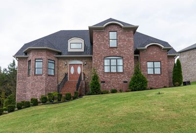 100 Copper Creek Dr Goodlettsville TN 37072
