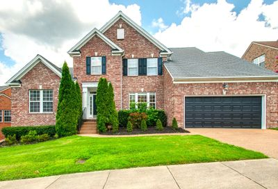 1017 Stone Ridge Dr Nashville TN 37211