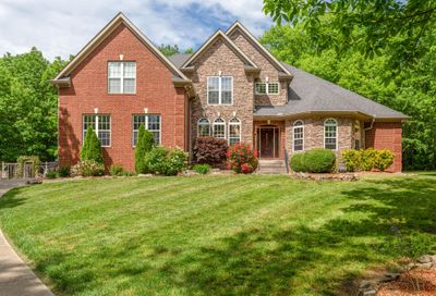 3629 Stonecreek Dr Spring Hill TN 37174