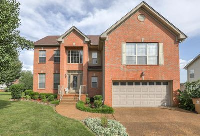 127 Rose Garden Ln Goodlettsville TN 37072