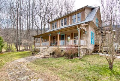 125 Timberline Drive Maggie Valley NC 28751