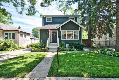 7151 N Oleander Avenue Chicago IL 60631