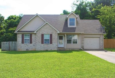 911 Deal Ct Smyrna TN 37167