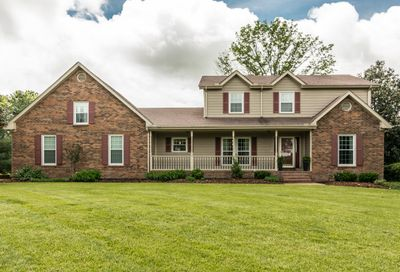 1032 Stirlingshire Dr Hendersonville TN 37075