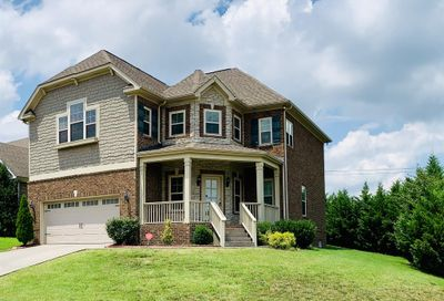 1047 Belcor Dr Spring Hill TN 37174