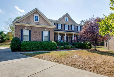 928 Falling Water Ct Nashville TN 37221