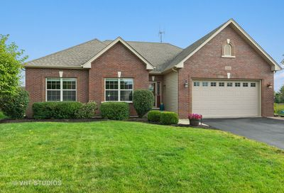 893 N Carly Circle Yorkville IL 60560