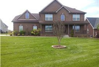 1501 Mearns Ct Clarksville TN 37043