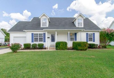 2426 Planter Ct Murfreesboro TN 37128