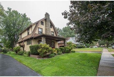 22 W CLEARFIELD RD Havertown PA 19083