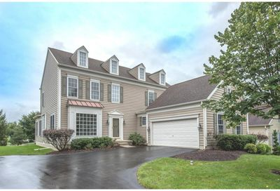 28 RIDINGS WAY West Chester PA 19382