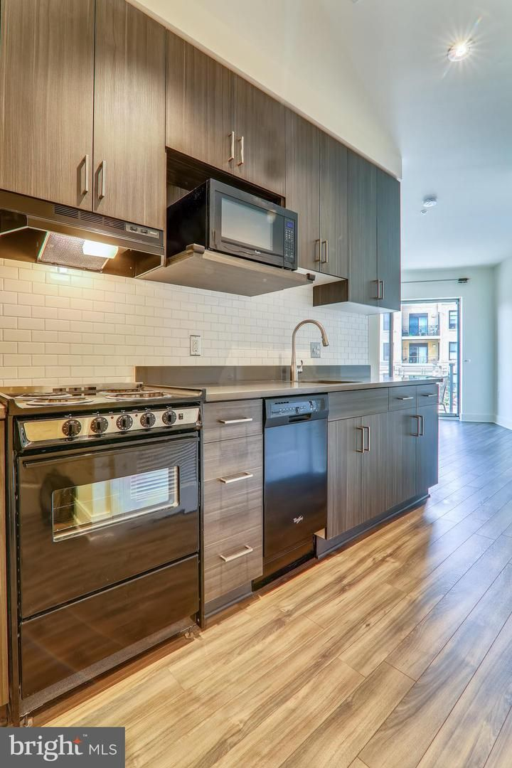 2550 17th Street NW 206