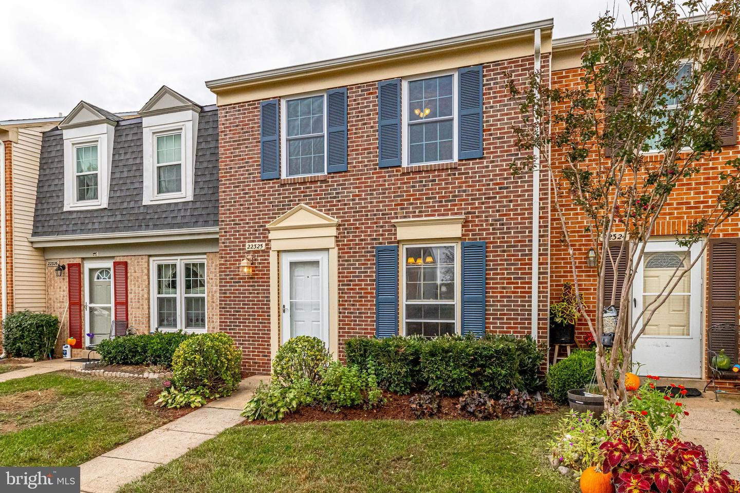 22325 Mayfield Square 28