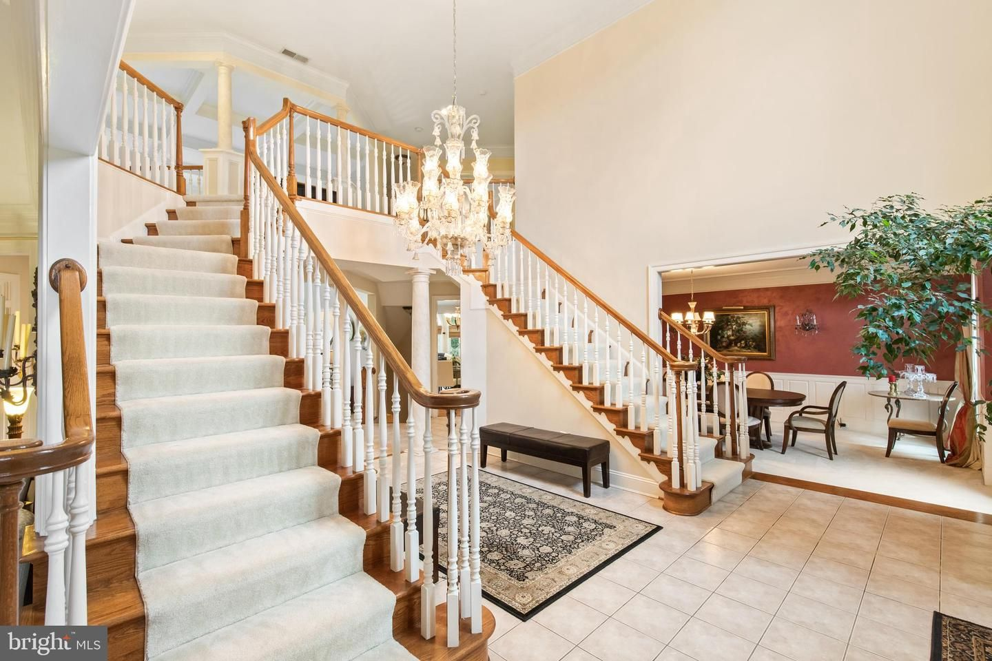 10939 Great Knoll Court