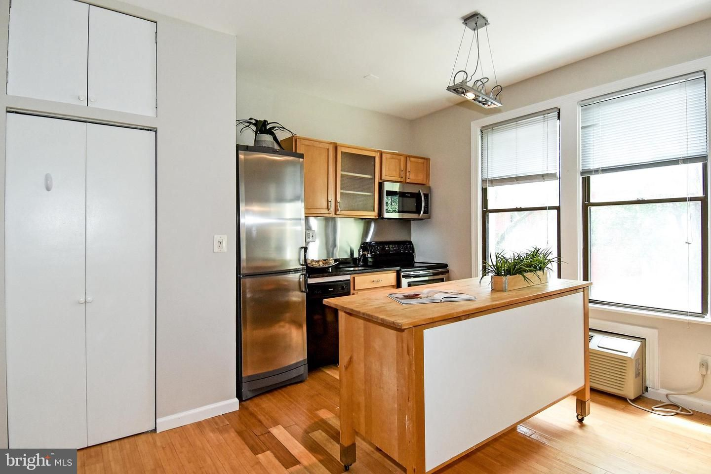 1822 15th Street NW 203