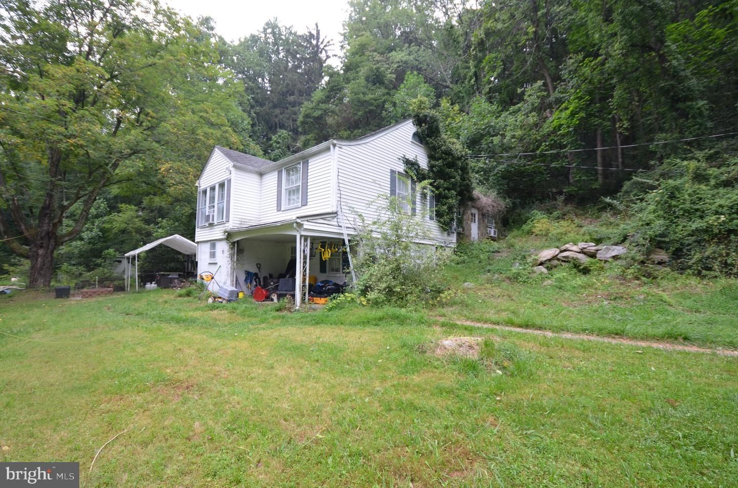 129 Bowerstown Road