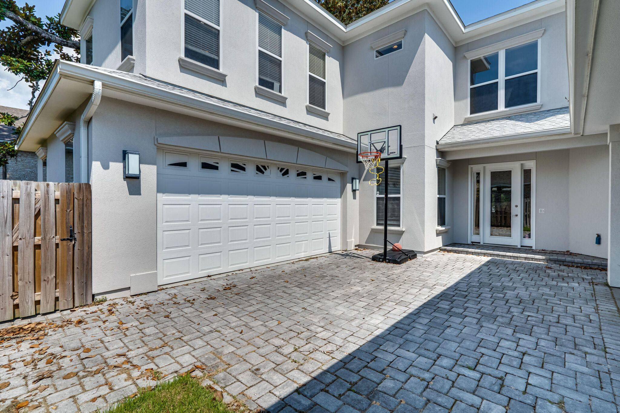 4185 Mossy Cove Court