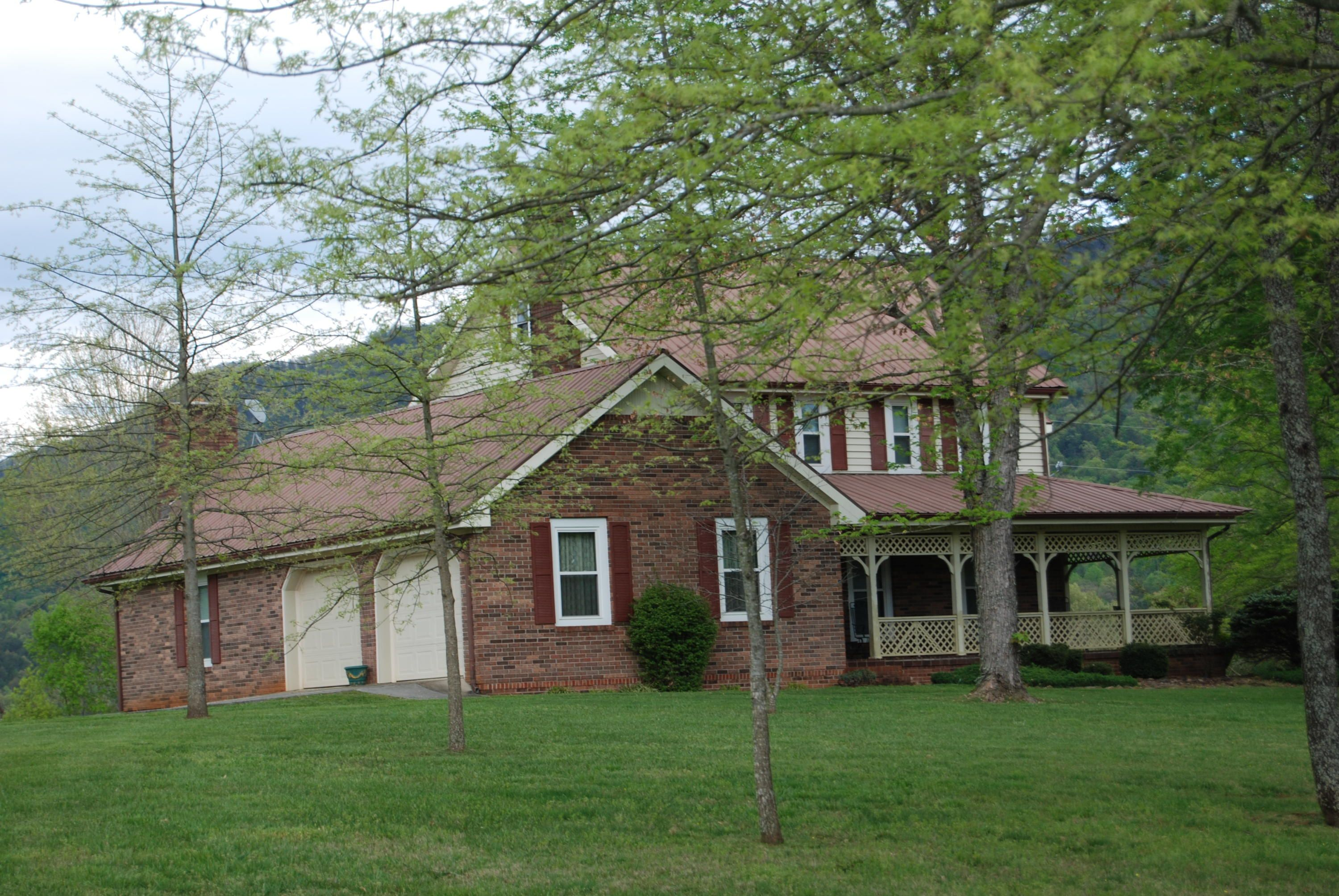724 County Road 475