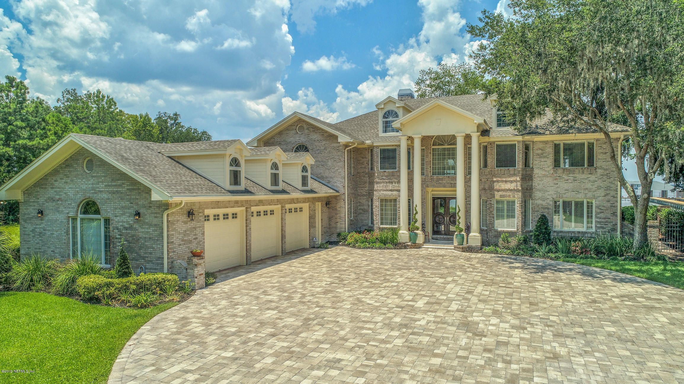 12926 Riverplace Ct