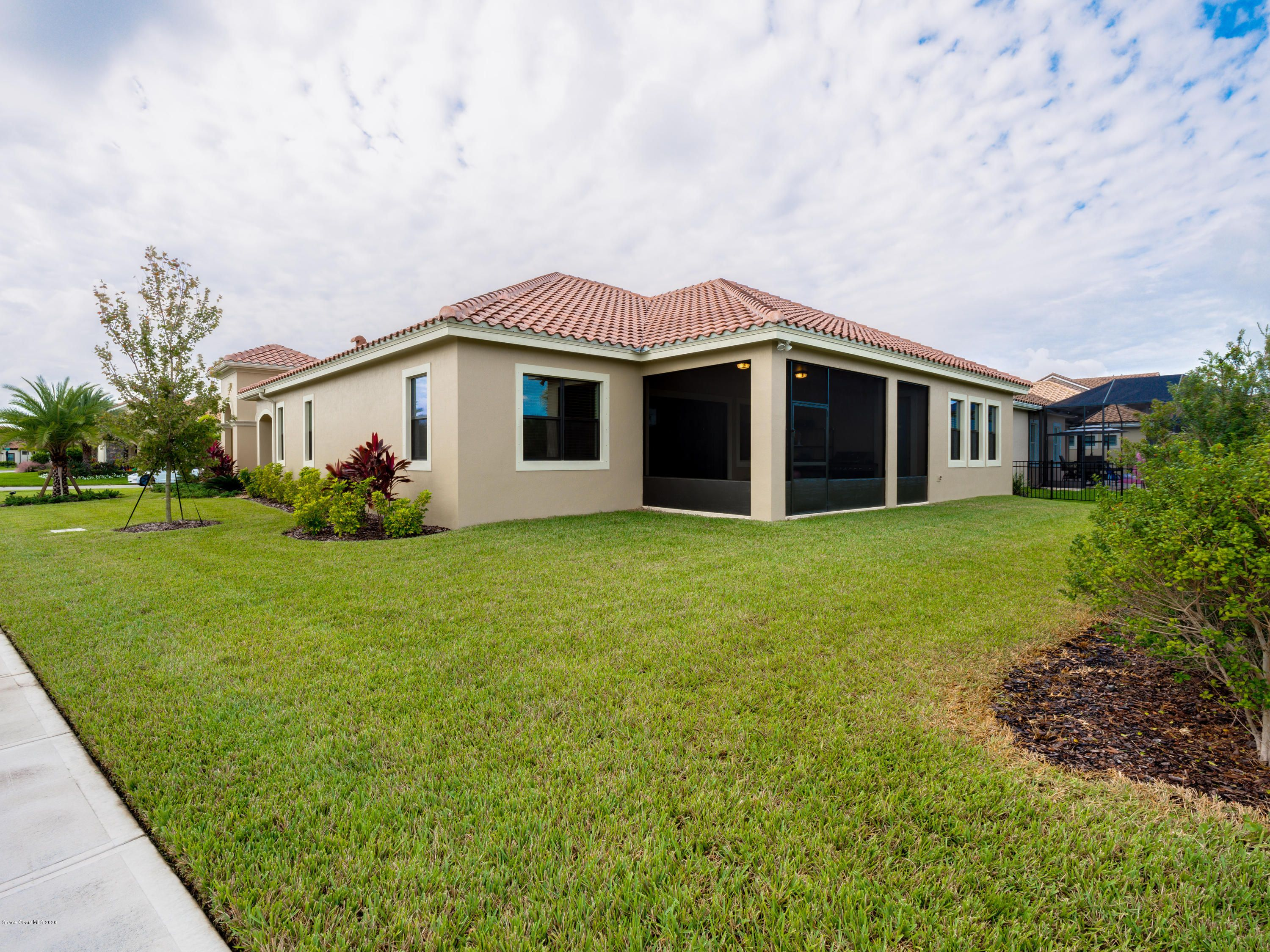 2906 Balting Place